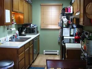 Mini kuhinje za mansardna stanovanja
